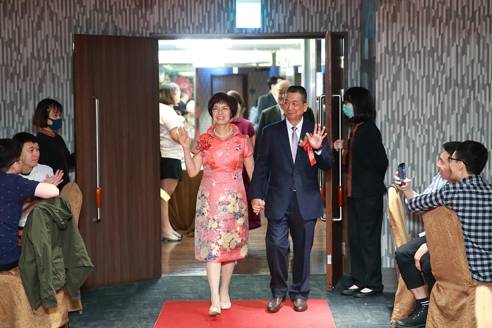 婚攝小游@台北凱薩 維與玫 訂結婚禮紀錄1121_Blog_098.JPG