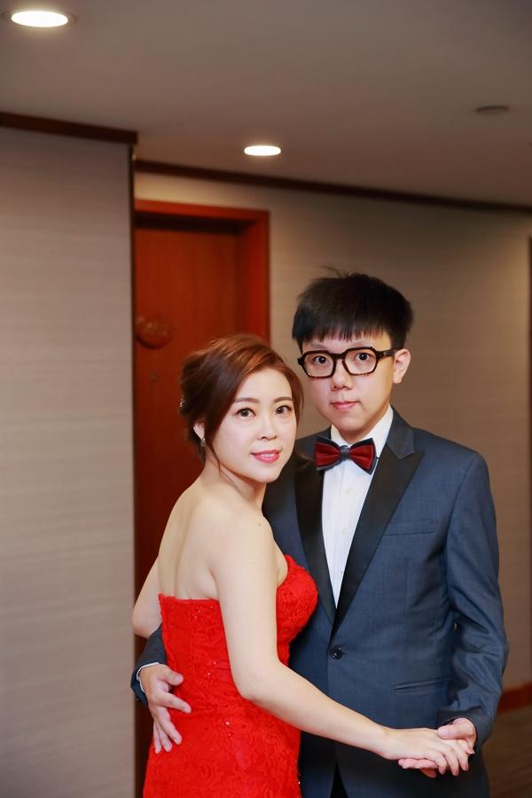 台北婚攝小游@基隆長榮與澎園 翰與涵 訂結婚禮紀錄 饅頭爸團隊1212_Blog_012.jpg