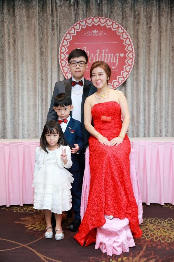 台北婚攝小游@基隆長榮與澎園 翰與涵 訂結婚禮紀錄 饅頭爸團隊1212_Blog_039.jpg