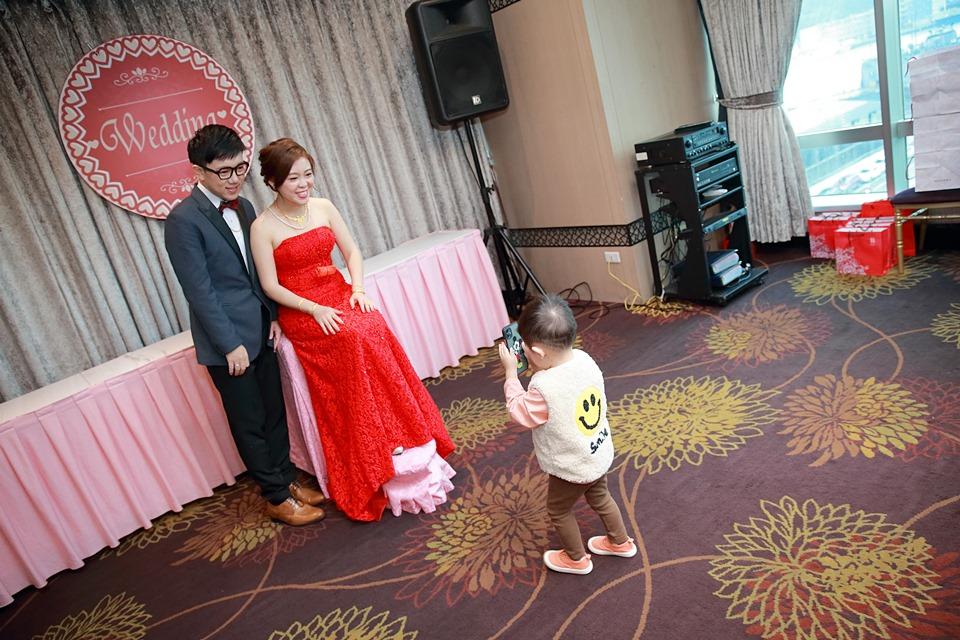 台北婚攝小游@基隆長榮與澎園 翰與涵 訂結婚禮紀錄 饅頭爸團隊1212_Blog_041.jpg