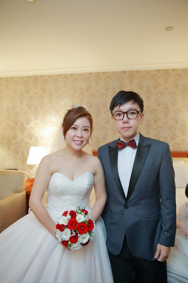 台北婚攝小游@基隆長榮與澎園 翰與涵 訂結婚禮紀錄 饅頭爸團隊1212_Blog_074.jpg