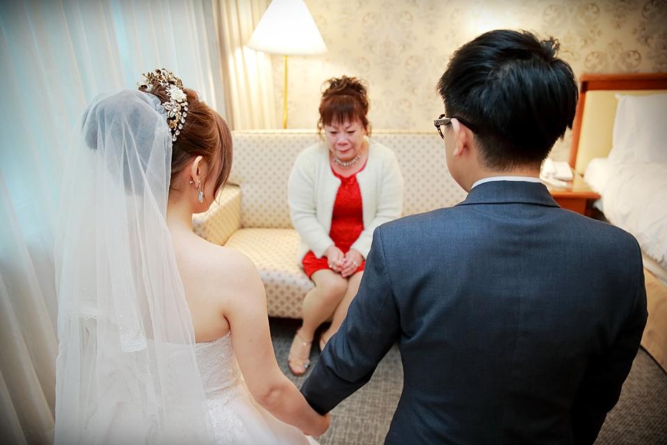 台北婚攝小游@基隆長榮與澎園 翰與涵 訂結婚禮紀錄 饅頭爸團隊1212_Blog_075.jpg