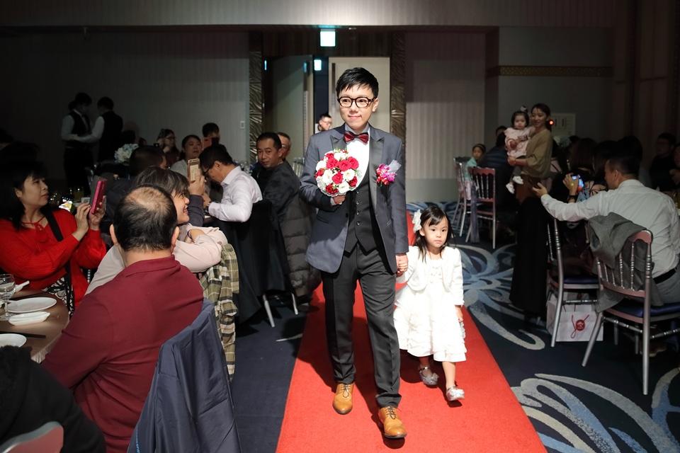 台北婚攝小游@基隆長榮與澎園 翰與涵 訂結婚禮紀錄 饅頭爸團隊1212_Blog_102.jpg