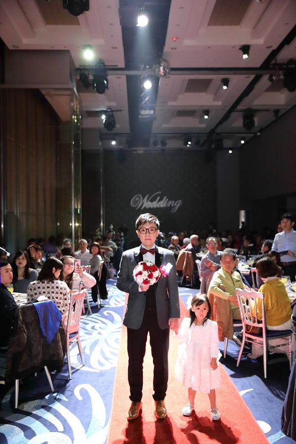 台北婚攝小游@基隆長榮與澎園 翰與涵 訂結婚禮紀錄 饅頭爸團隊1212_Blog_103.jpg