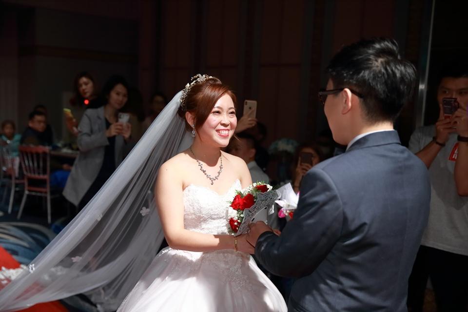 台北婚攝小游@基隆長榮與澎園 翰與涵 訂結婚禮紀錄 饅頭爸團隊1212_Blog_104.jpg
