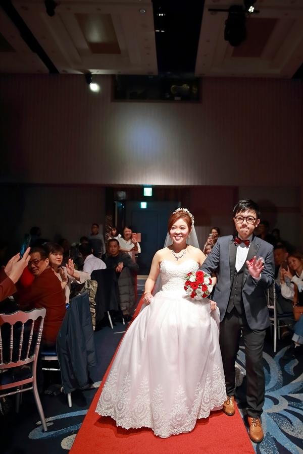 台北婚攝小游@基隆長榮與澎園 翰與涵 訂結婚禮紀錄 饅頭爸團隊1212_Blog_105.jpg