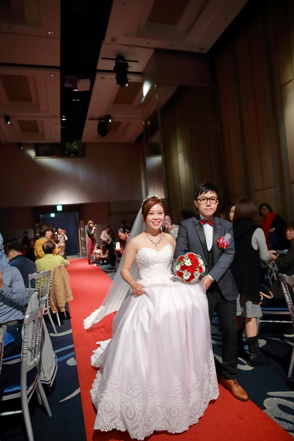台北婚攝小游@基隆長榮與澎園 翰與涵 訂結婚禮紀錄 饅頭爸團隊1212_Blog_107.jpg