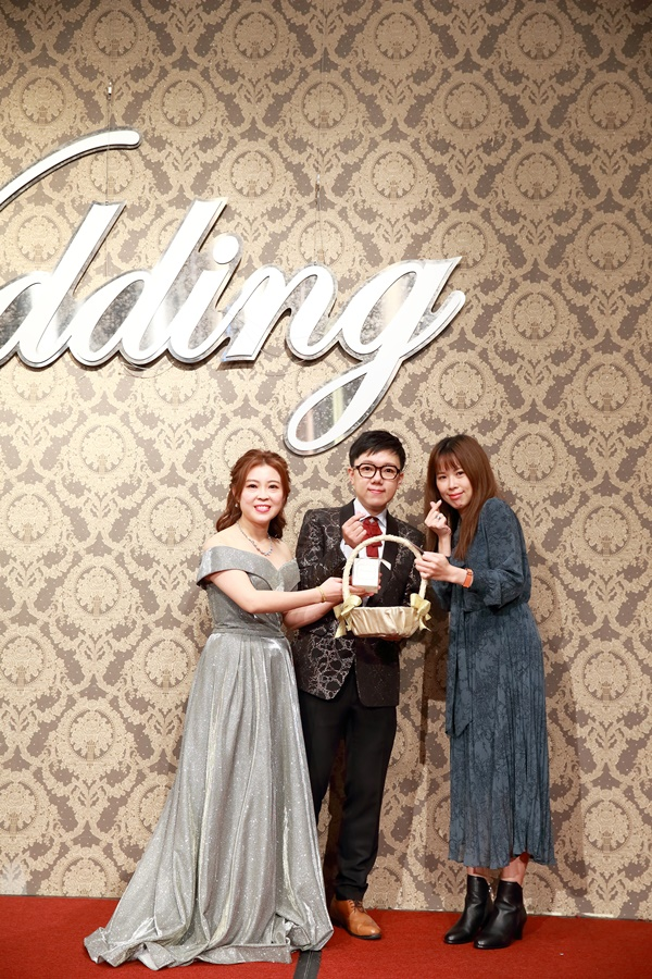 台北婚攝小游@基隆長榮與澎園 翰與涵 訂結婚禮紀錄 饅頭爸團隊1212_Blog_125.jpg