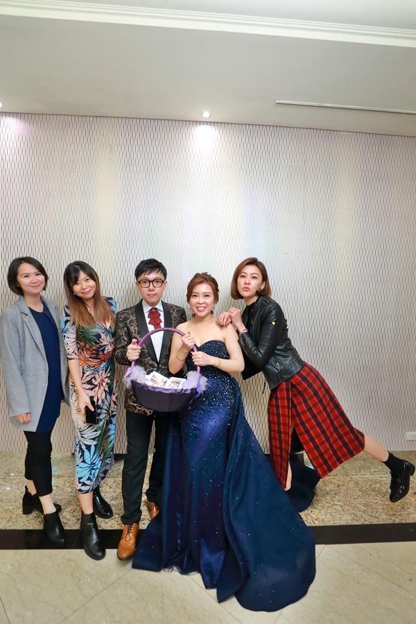 台北婚攝小游@基隆長榮與澎園 翰與涵 訂結婚禮紀錄 饅頭爸團隊1212_Blog_139.jpg
