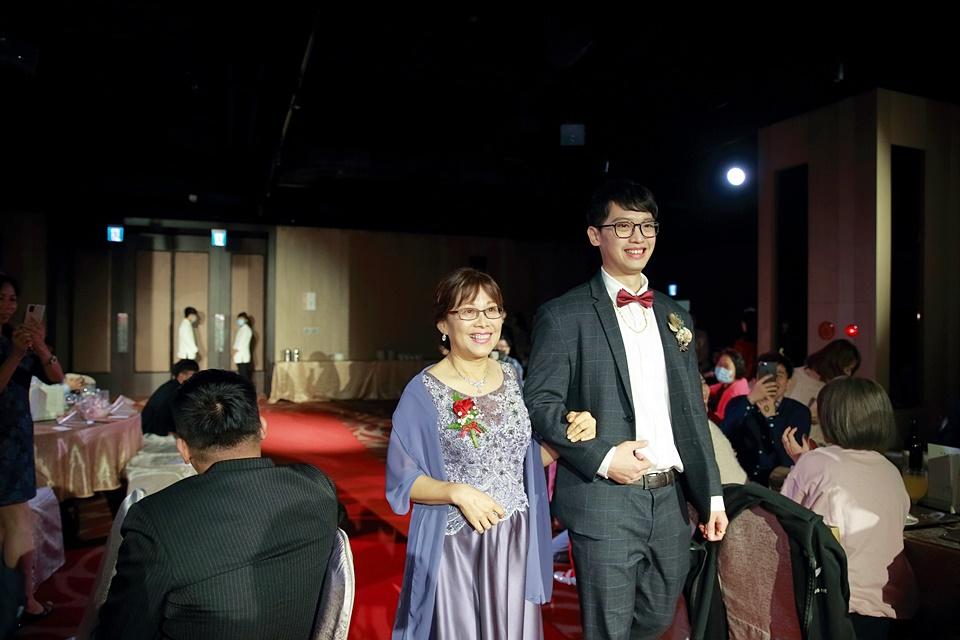婚攝小游@頭份尚順君樂飯店 ?與臻 訂結婚禮紀錄1219_Blog_083.jpg